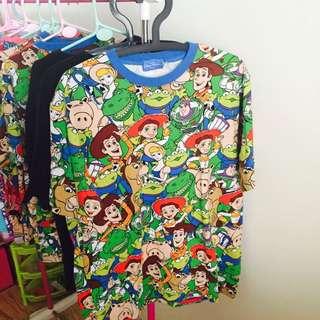 日本迪士尼樂園玩具總動員滿版T恤有S.M.2L 棉100%