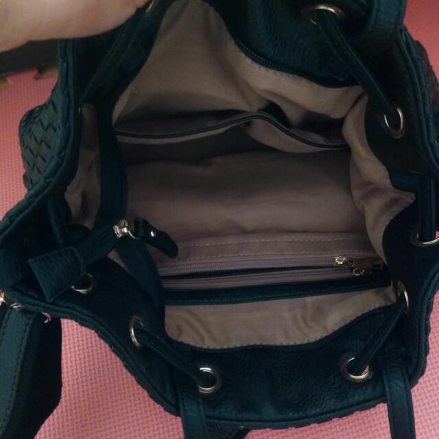 全新黑真皮包包,小羊皮