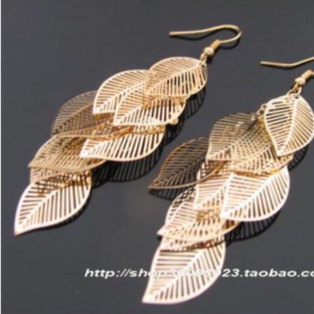 金色多層鏤空葉子耳環(全新