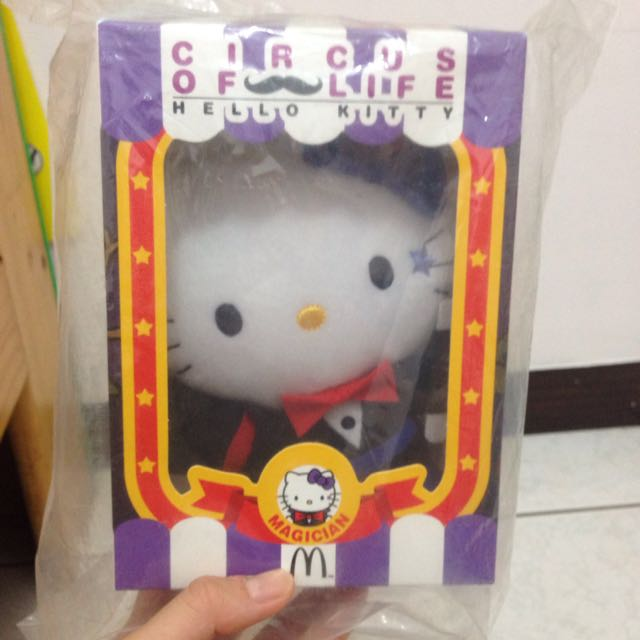 Hello Kitty 娃娃