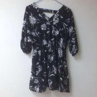 韓 雪紡洋裝 (300含運)