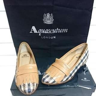 Aquascutum精典格紋女鞋