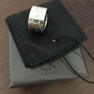 Calvin Klein Logo造型戒指