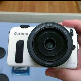 全新Canon Eos M