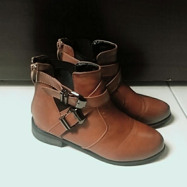 咖啡色尖頭靴 短靴 靴子