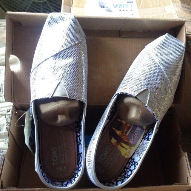 美國TOMS亮片款休閒平底鞋W6.5全新