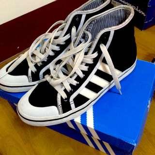 愛迪達 Adidas 高筒帆布鞋