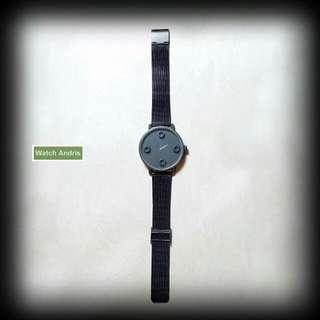 黑炭鋼網手錶