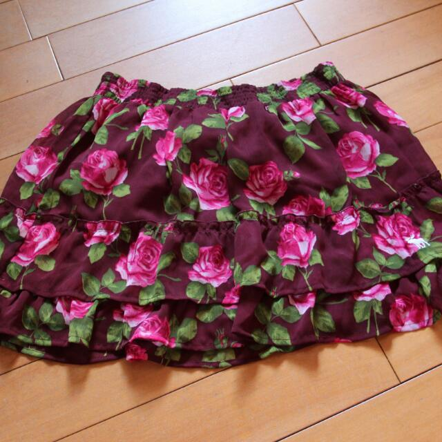 A&F玫瑰短裙✨