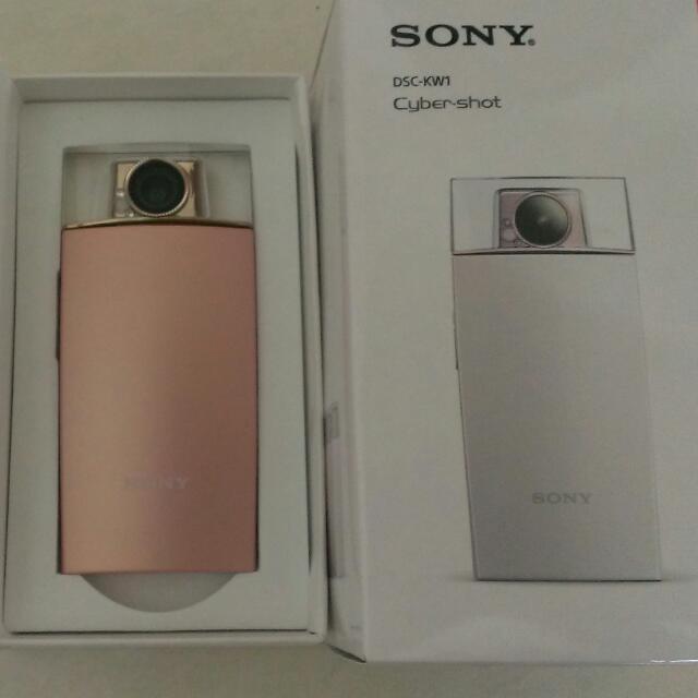 粉紅色SONY美顏+香水造型相機DSC-KW1