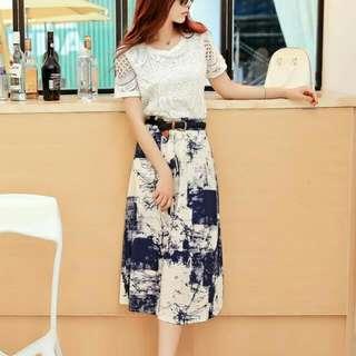 0807韓版鏤空蕾絲氣質上衣+復古墨印大擺裙