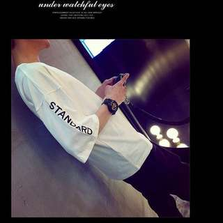 簡約寬版刺繡英文字母 T恤 上衣