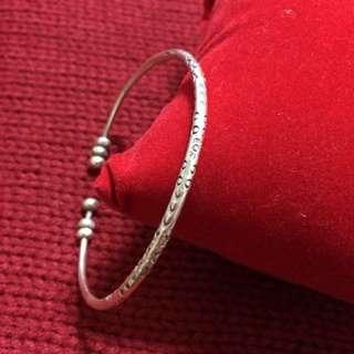 手工雕刻之純銀手環
