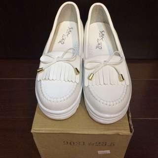 ⭐️[全新]白色厚底莫卡辛鞋
