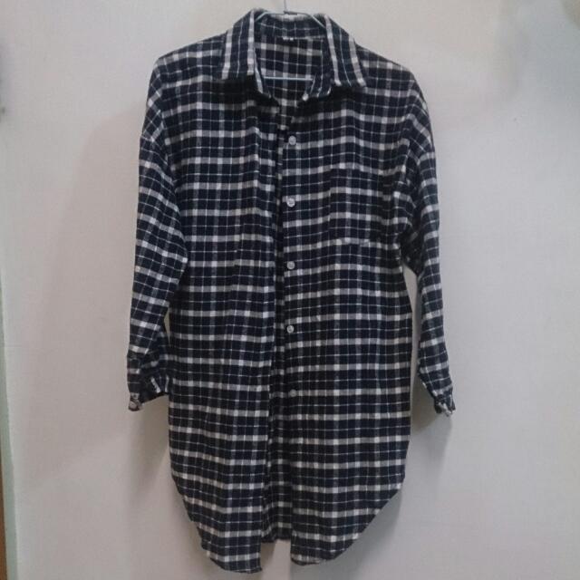 藍白格紋長版襯衫