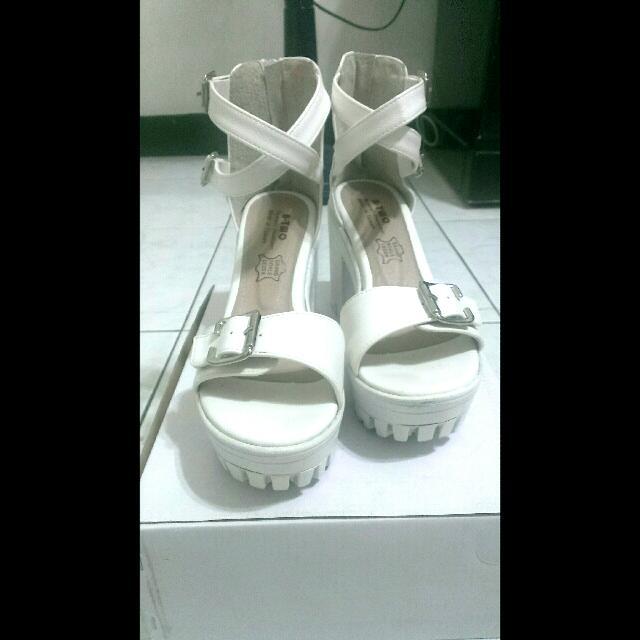 白色高跟涼鞋 24.5 台灣製