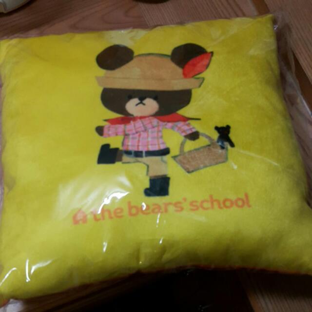 小熊學校 the bear's school 抱枕 枕頭 靠墊 靠枕