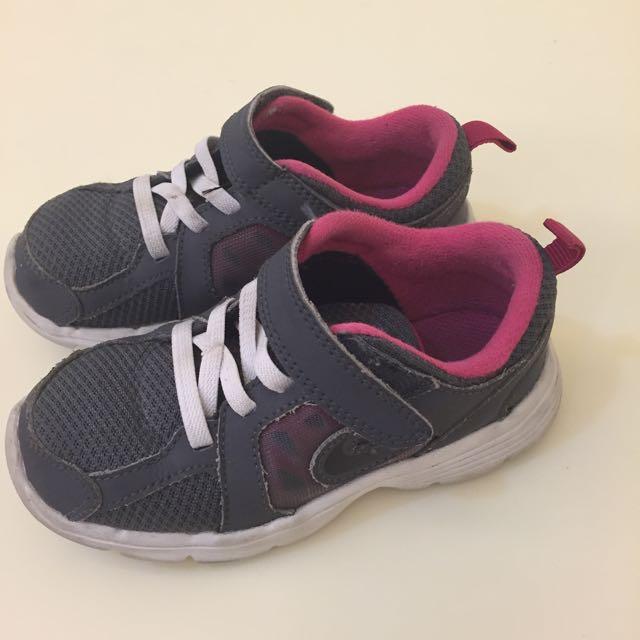 正品Nike童 運動鞋