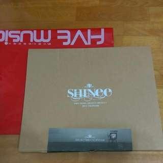 SHINEE 2011官方 掛曆 送5張海報+全新撲克牌