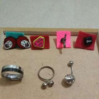耳環,戒指 全部35元