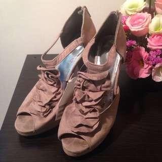 全新 H&M 皺褶花朵高跟鞋