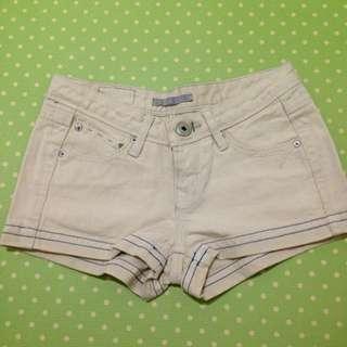 🚚 米色牛仔短褲