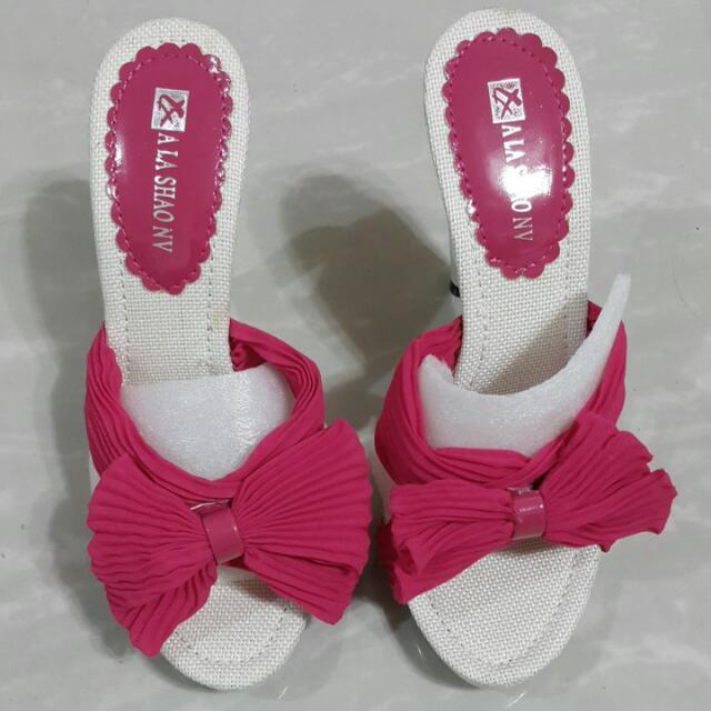 桃紅色蝴蝶結愛心高跟涼鞋36=23