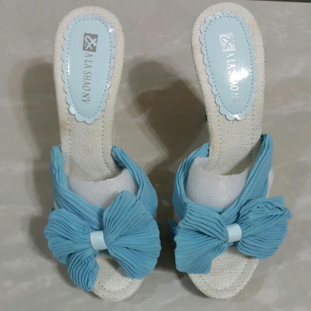藍色蝴蝶結雪紡愛心高跟涼鞋37=23.5