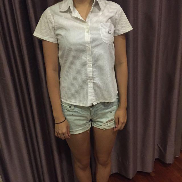 女版白色短袖襯衫