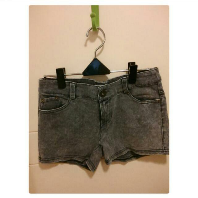 (全新)灰色牛仔短褲