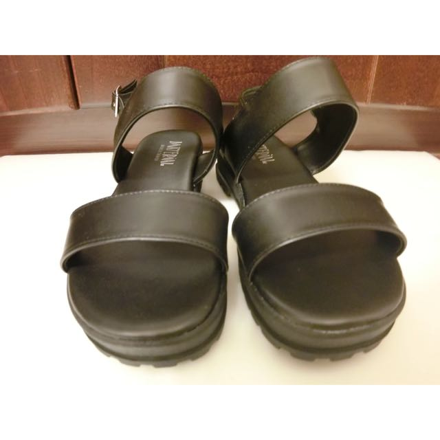 全新 涼鞋