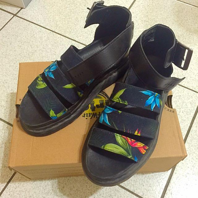 D r.Martens 新款涼鞋
