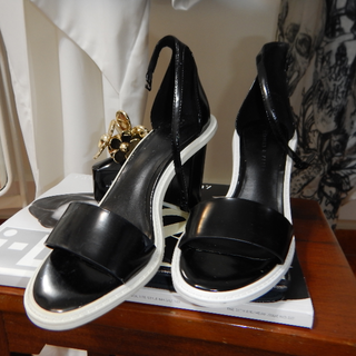 Charles & Keith B/W Block Heels /// Size 37