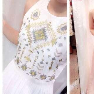 全新。刺繡長洋裝。白