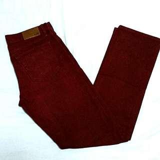 Uniqlo Slim Fit Straight Dark Red Pants Size 31