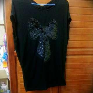 蝴蝶結黑色上衣