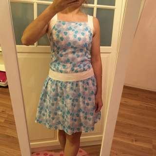 藍白愛心洋裝