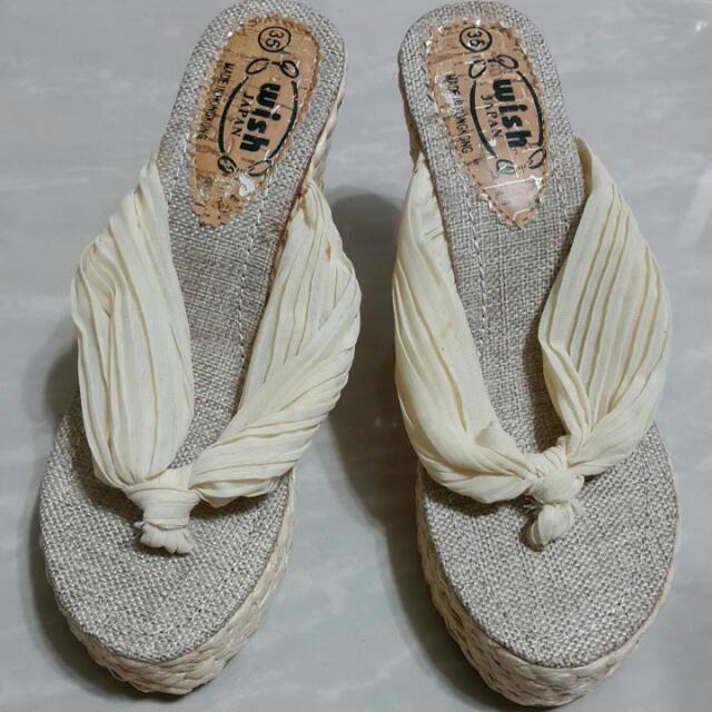 雪紡人字夾腳楔型涼鞋35
