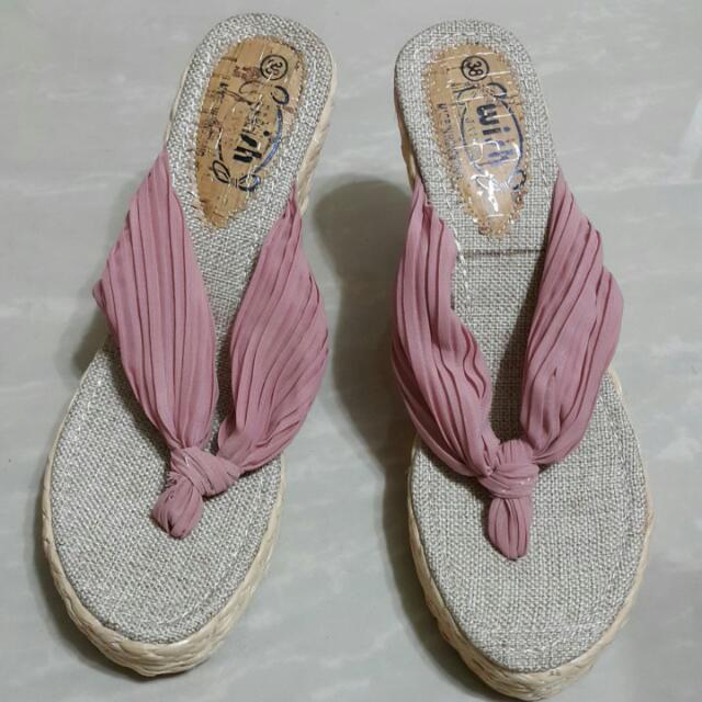 雪紡人字夾腳楔形涼鞋38