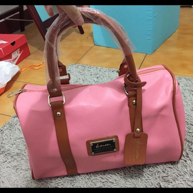 全新✨粉紅圓桶包