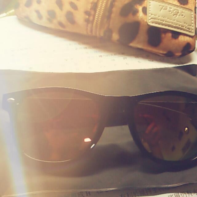 反光黑框太陽眼鏡