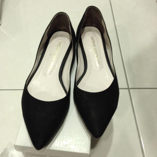 韓🇰🇷黑色尖頭平底鞋;38號