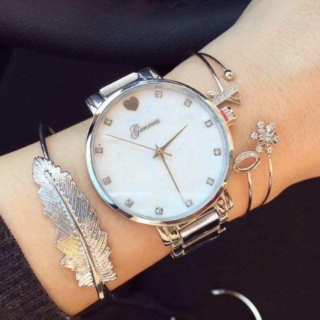 歐美時尚愛心鑽飾時刻母貝面盤鏈帶錶