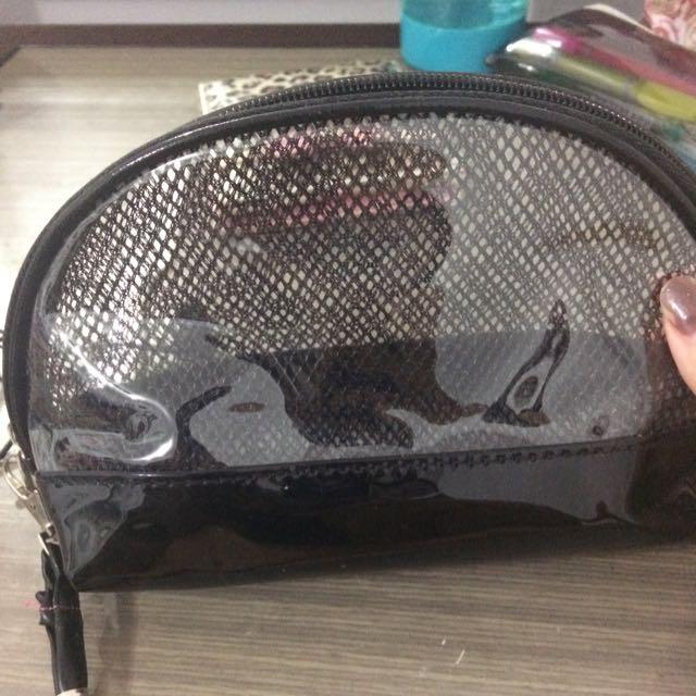 (含運 半透明化妝包 可以放很多小東西喔