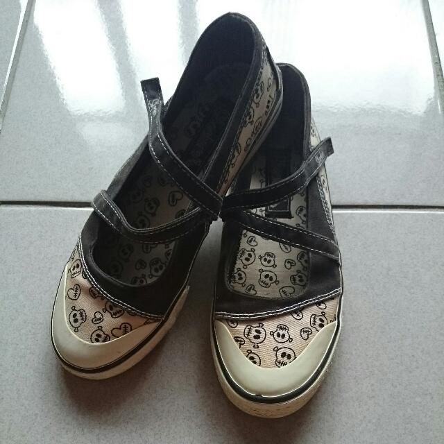二手  Skechers 骷髏頭女鞋