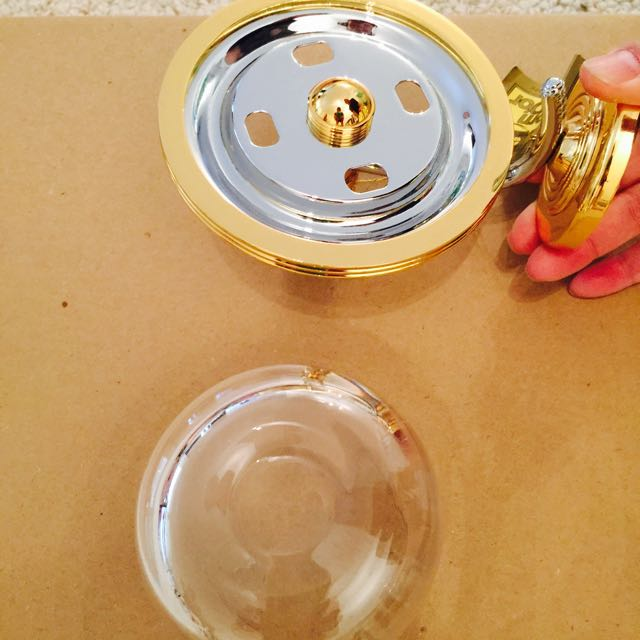 Brand New Gold Plated Bathroom Fixtures Sold As Aset