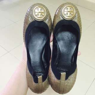 b270997e8547a  PRICE REDUCED  BRAND NEW TORY BURCH Caroline flats