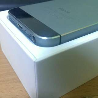 二手 IPhone 5s 黑灰 無傷 16g