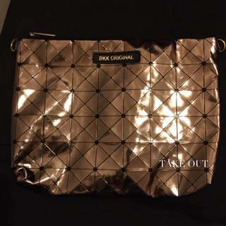 Bkk Original 泰國空運 正版 防潑水 巧克力色 肩背包 側背包