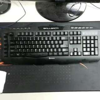 旋剛夜行者PRO電競鍵盤賣或換物